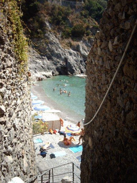 hidden beach maiori