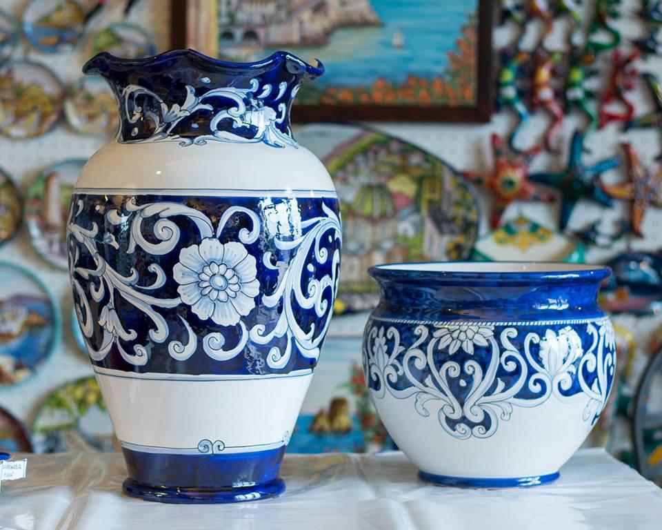 ceramics from Ceramiche L'arte Vietrese in Maiori